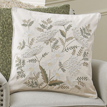 Picture of Delicate Flowers Pillow Cover